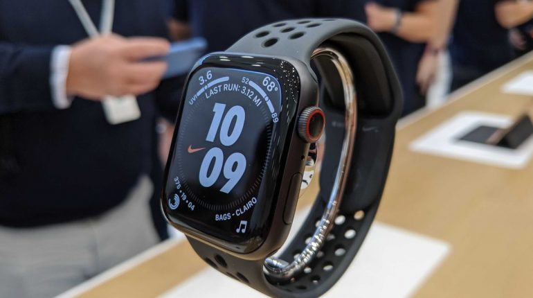 The awkward days of the Apple Watch are over – The Verge