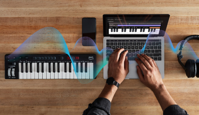 Why AWS is selling a MIDI keyboard to teach machine learning – TechCrunch